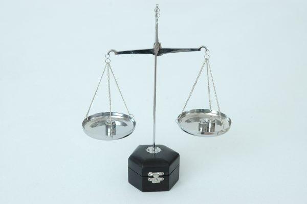 balanza níquel