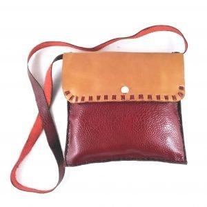 bolso artesanal rojo