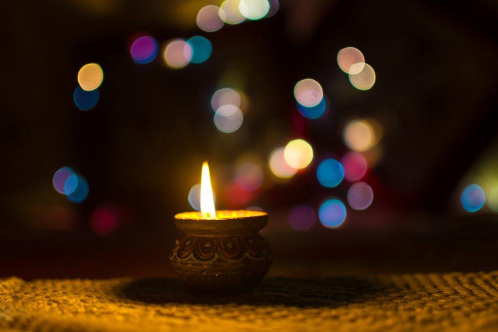 lámpara con llama