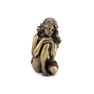 Figura Mujer Desnuda Pensativa
