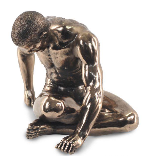 Figura Desnudo 20CM