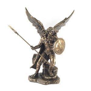Arcangel Rafael Luchando