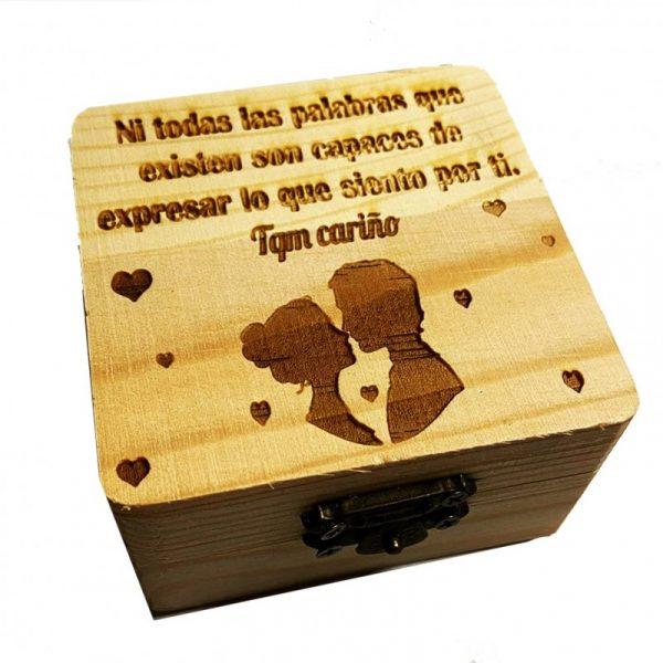caja artesanal con nombre